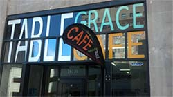 Table Grace Cafe