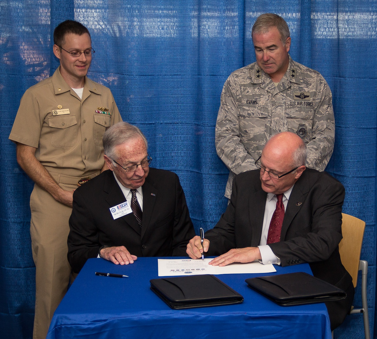 Military-Support-Signing