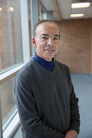Dr. Michael Levine at Nebraska Methodist College.